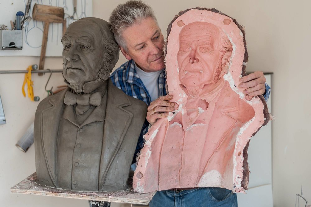 Since October 2018, sculpture Tom Murphy has been working with a group from MOWLL producing high quality artwork and sculptures.  Funded by  PH Holt Foundation .