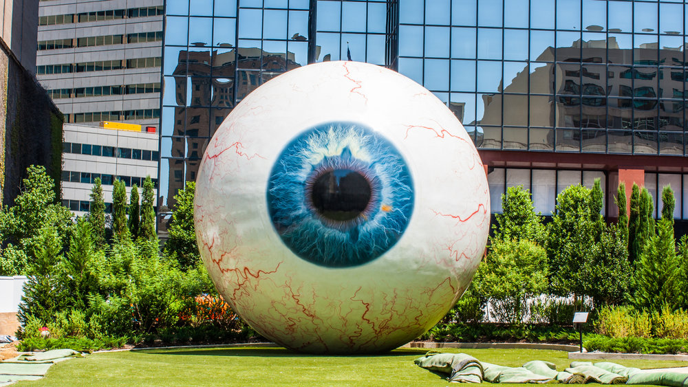 eyeball_giant