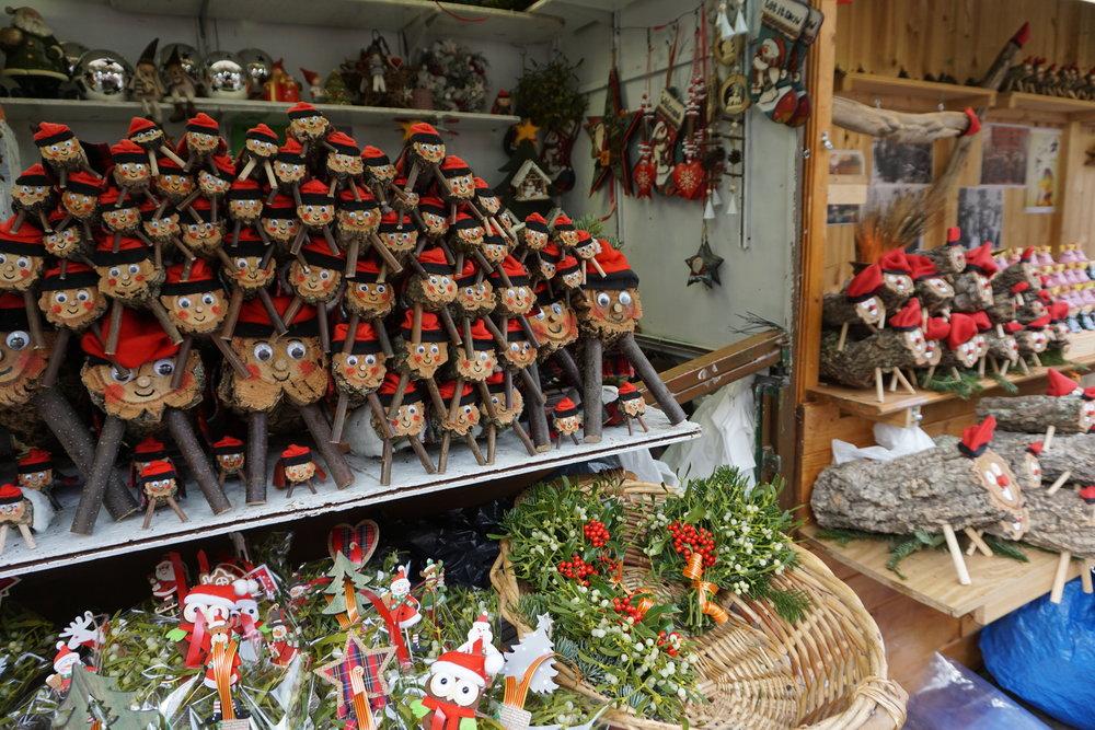 La Fira de Santa Llúcia - Barcelona Christmas Market