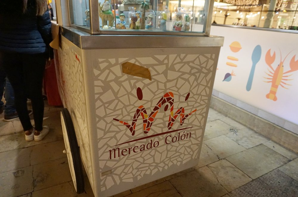 Mercado Colon food cart in Valencia, Spain