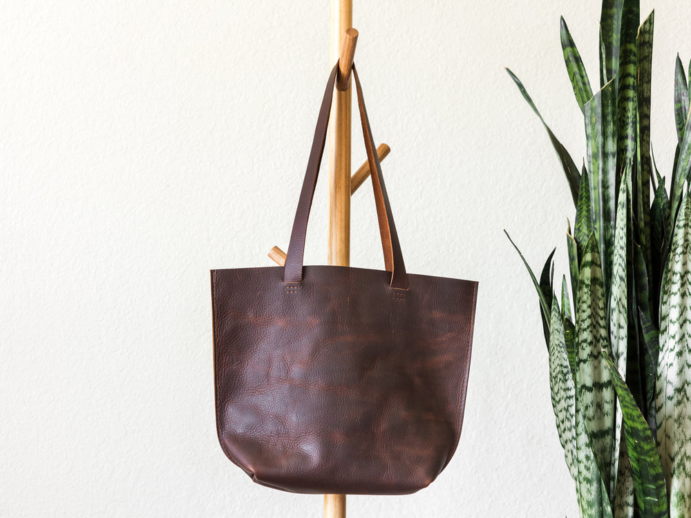 medium tote in brown.jpg