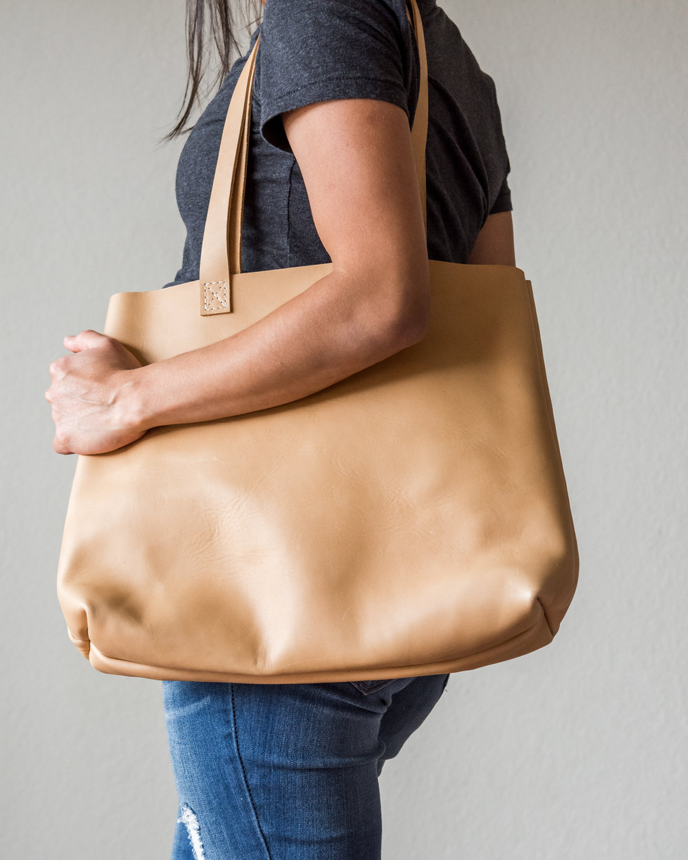 classic leather tote in natural 4.jpg