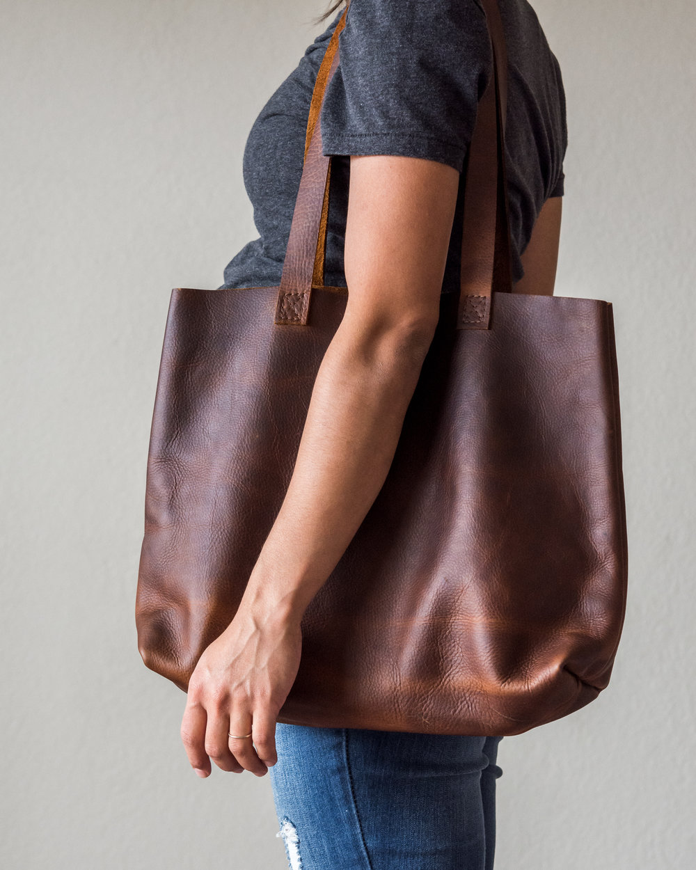 classic leather tote in brown 4.jpg