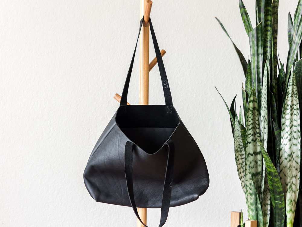 classic leather tote in black.jpg
