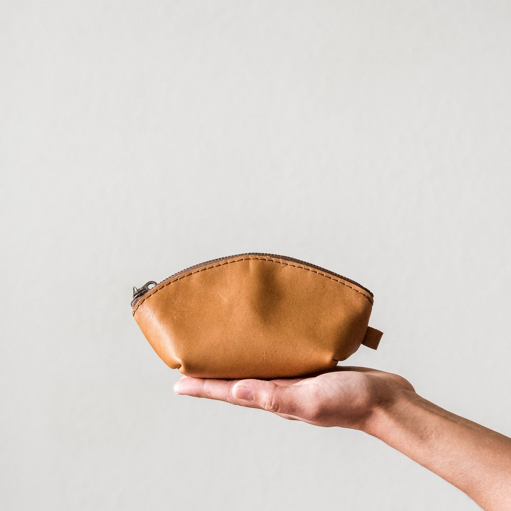 mini leather dumpling pouch1.jpg