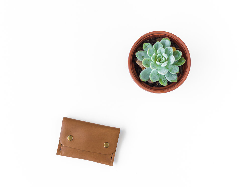 tan leather coin pouch 1.jpg