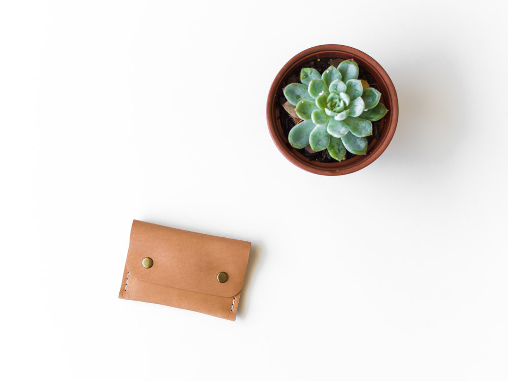 natural leather coin pouch 1.jpg