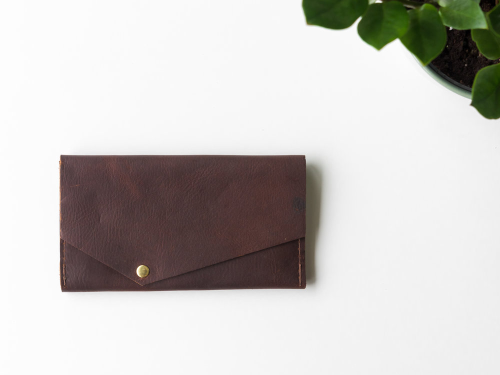 phone clutch in brown .jpg