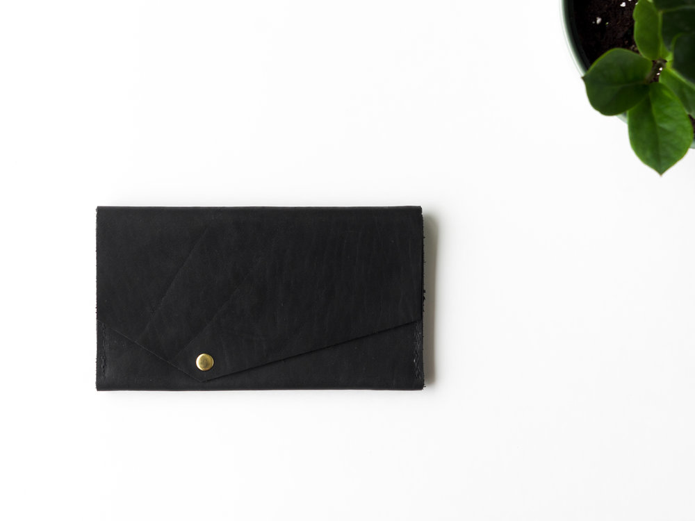 phone clutch in black.jpg