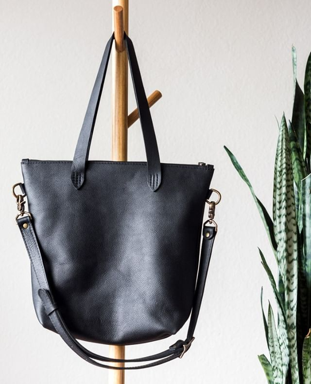 black zipper tote is coming soon!! . . . .  #postitfortheaesthetic #thehappynow #theeverydaygirl #bestofetsy #abmhappylife #littlestoriesofmylife #momentsofmine #livethelittlethings #thedarlingmovement #alifeofintention #embracingtheseasons #gatheredstyle #seeksimplicity #slowliving #stylingtheseasons #verilymoment #thatauthenticfeeling #momentslikethese #chooselovely #bedeeplyrooted #makemoments #madeinamerica #darlingdaily #etsyseller #aquietstyle #nothingisordinary #madeintheusa #etsyfinds #makersmovement #flashesofdelight