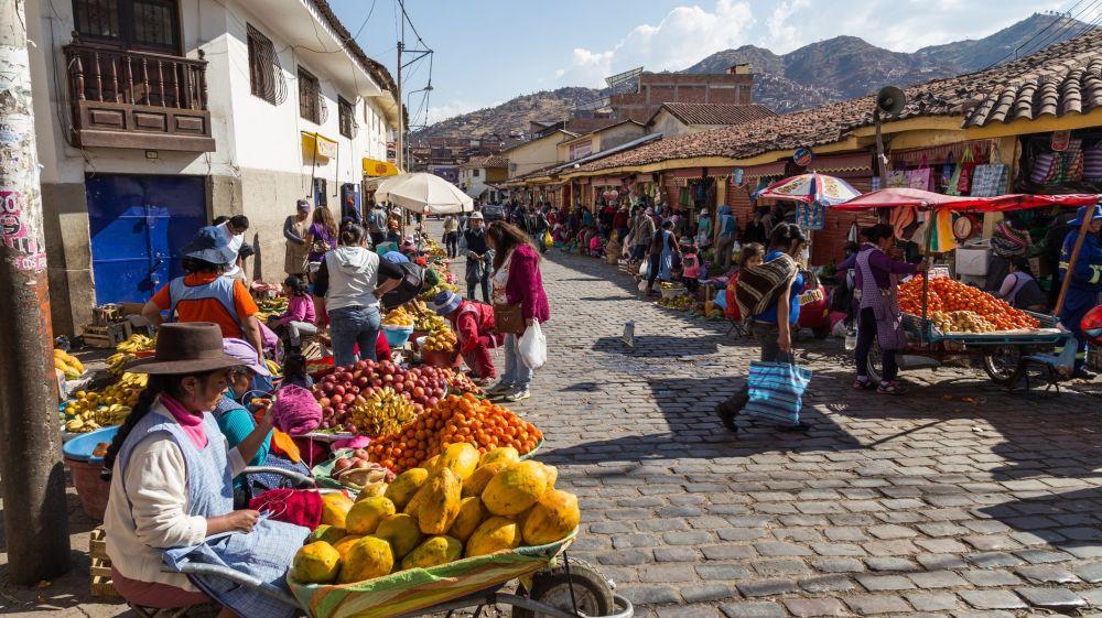 Inca market cuso.jpg
