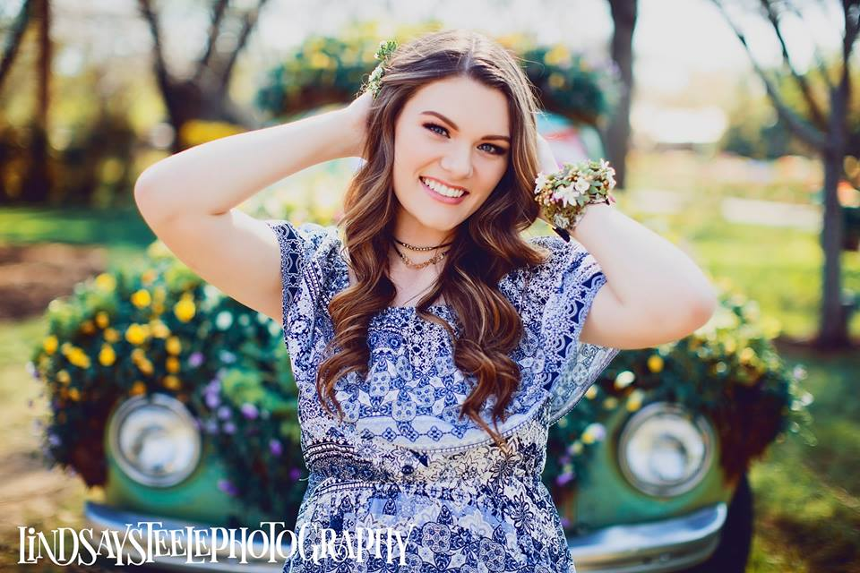 Lanie's Spring Senior Shoot-2.jpg