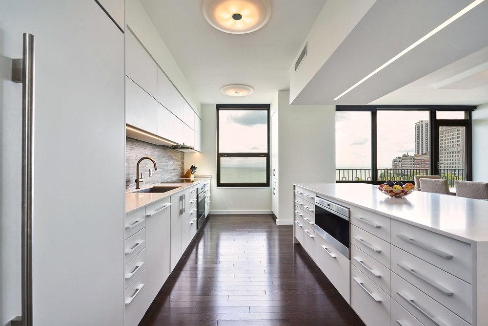 KitchenTZSwhite.jpg