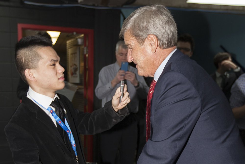 Liong and NHL legend Bobby Orr