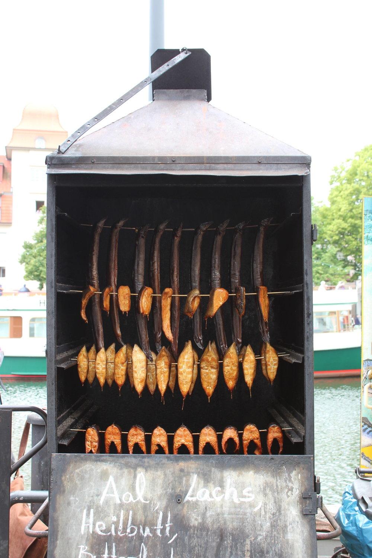 Ål och fisk i mängder