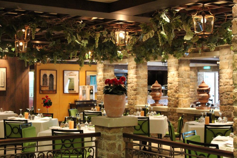 Ombord finns 28 restauranger...