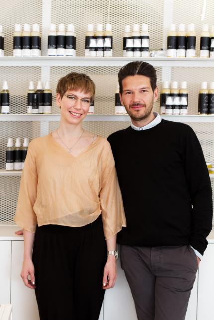- DR. DORIS BRANDHUBER - Chemist. Aromatherapist.HANNES TRUMMER - Hairstylist. Trainer.