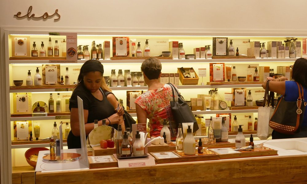 Browsing the beautiful aisles of the Natura shop