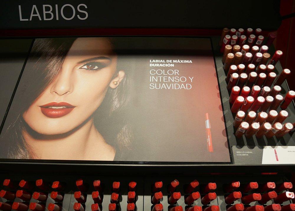 Esika's lip product range
