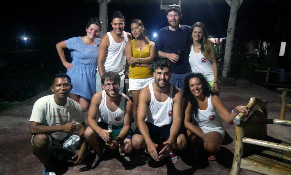 Apo Island snorkelling crew