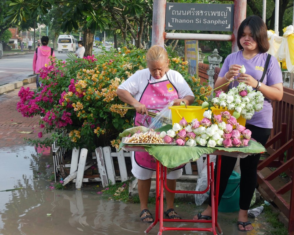 The flower sellers near Ayutthaya's temples