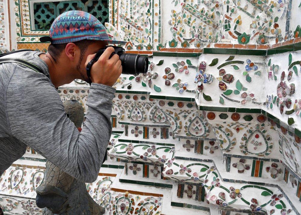 Close-up shots of Wat Arun