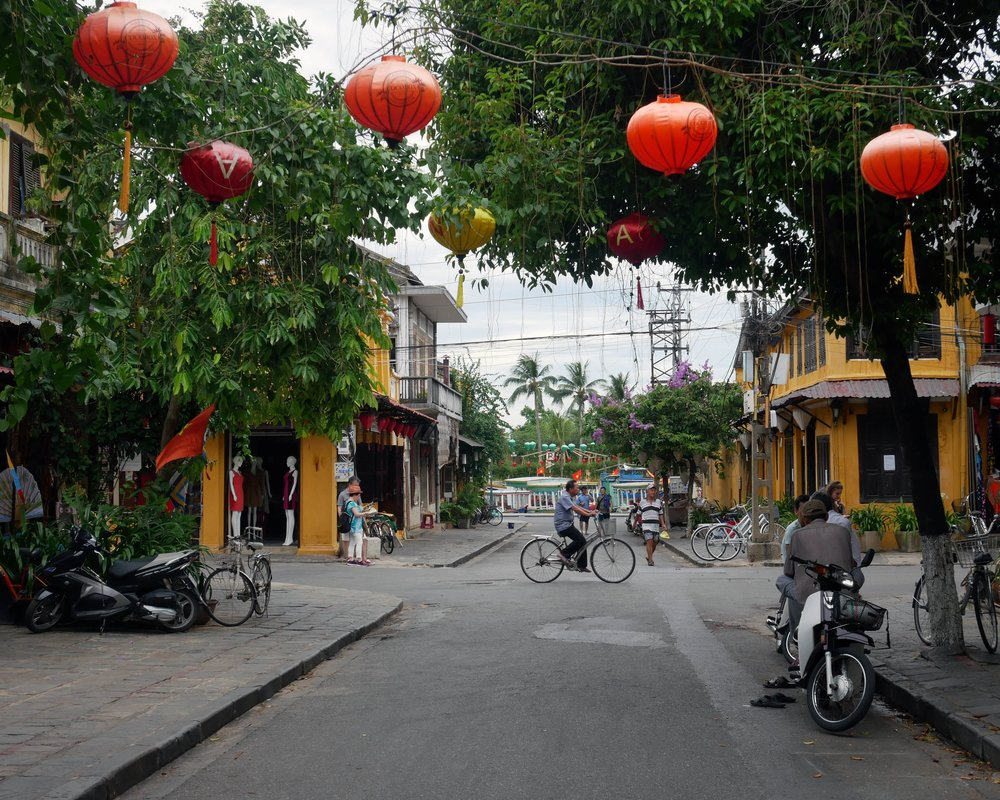 Hoi An's charming streets
