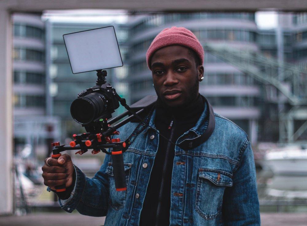 Junior Kinsley Opunko - Fotograf und Editor.