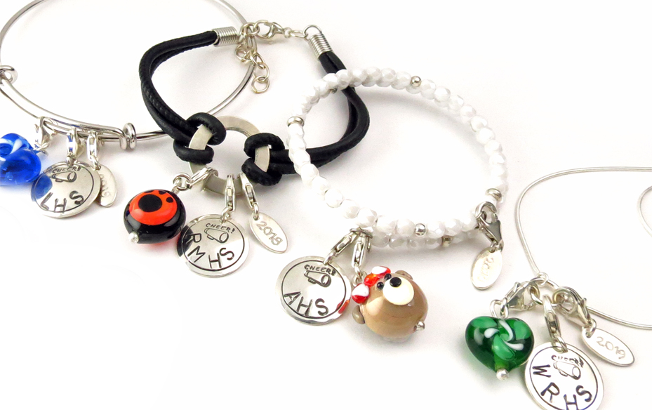 Welcome to School Joolz  - Customized keepsake jewelry for schools and teams.
