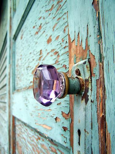 peeling paint_Pinterest_door.png