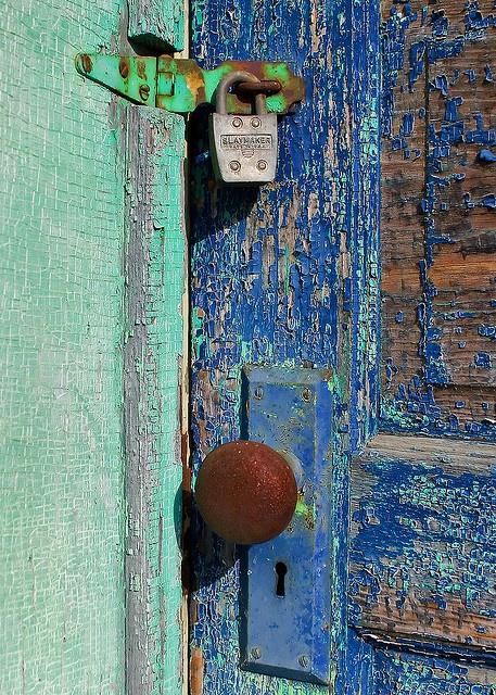 peeling paint_Pinterest_blue door.png