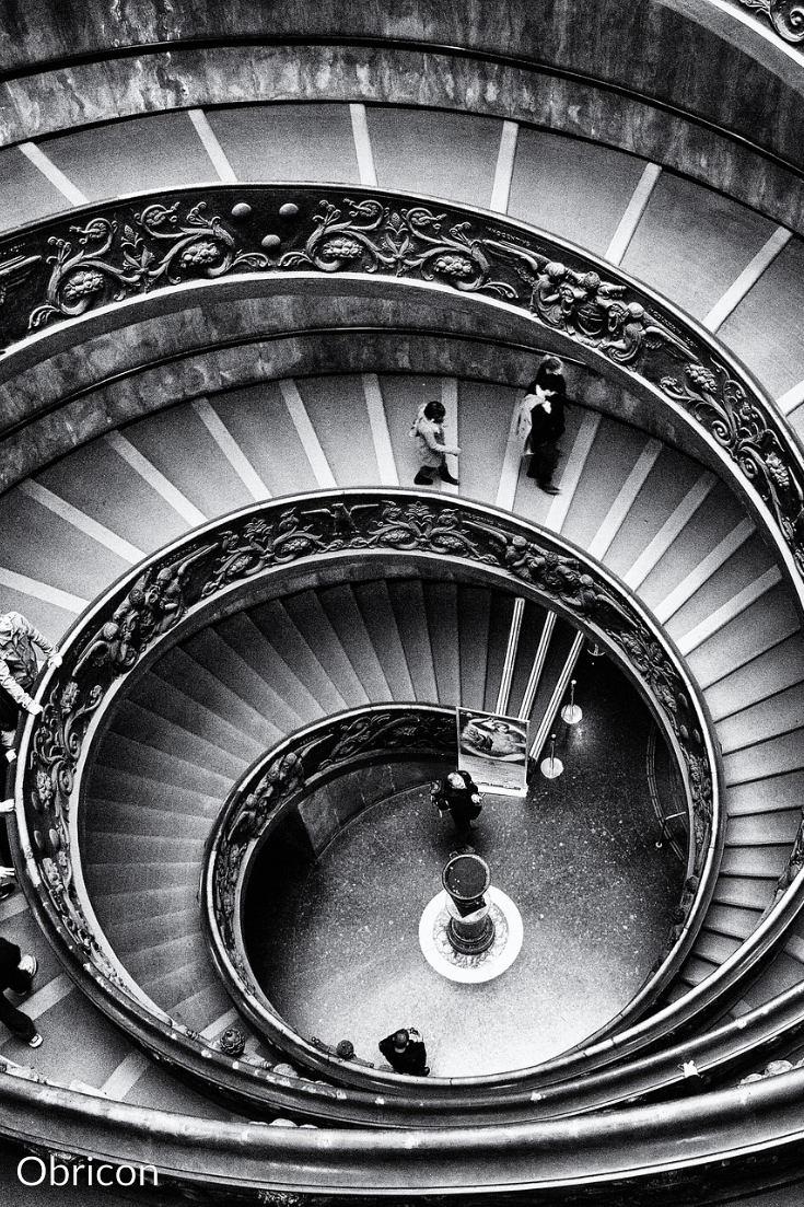 Vatican spiral stairs.jpg