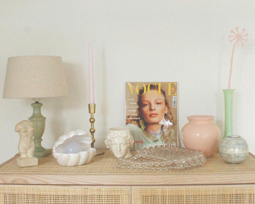Vogue rotan kastje met peach dandelion.jpg