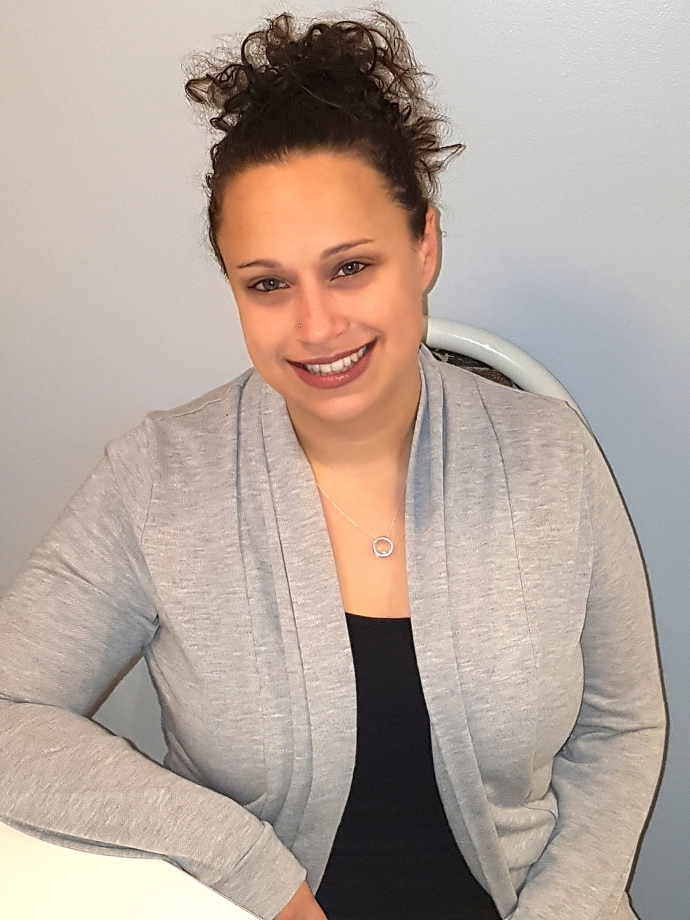 Meet Shawna - I specialize in addictions/substance abuse, geriatric, mood, personality, and psychotic disorders (including support for families).