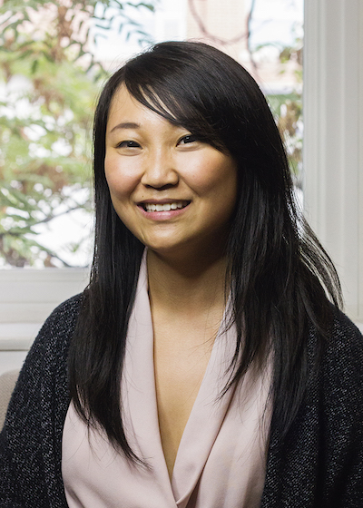Vivian Zhang, Clinical Therapist