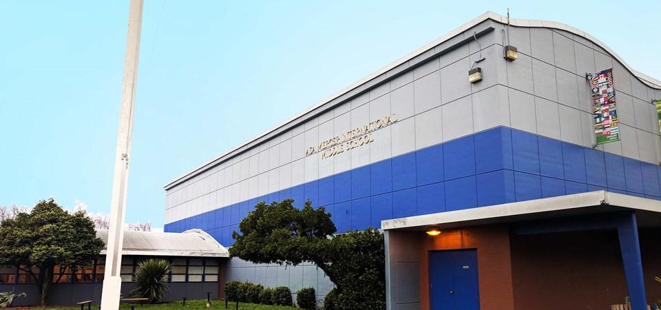 MERCER MIDDLE SCHOOL (Seattle) -