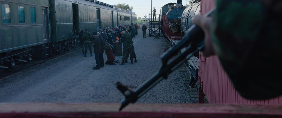 Wide shot of train.jpg