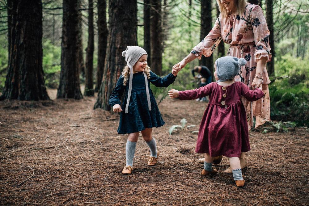 little-girls-spinning (1 of 1).jpg