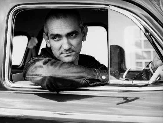 - In 2014, Paul took an innovative direction and released 'Paul Kelly Presents The Merri Soul Sessions' – a soul revue record featuring Clairy Browne, Vika and Linda Bull, Dan Sultan, Kira Puru and himself.On 23 April, 2016 – the 400th anniversary of William Shakespeare's death – Paul released 'Seven Sonnets & A Song'. The record features Paul singing lead vocals on 6 of Shakespeare's sonnets and a song from Twelfth Night. The only non-Shakespearian piece is 'My True Love Hath My Heart', written by his contemporary Sir Philip Sidney and sung by Vika Bull.
