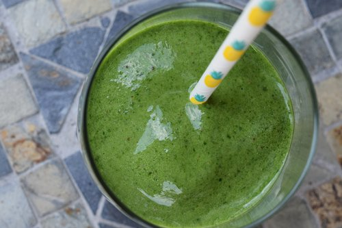 banana+spinach+smoothie.jpg