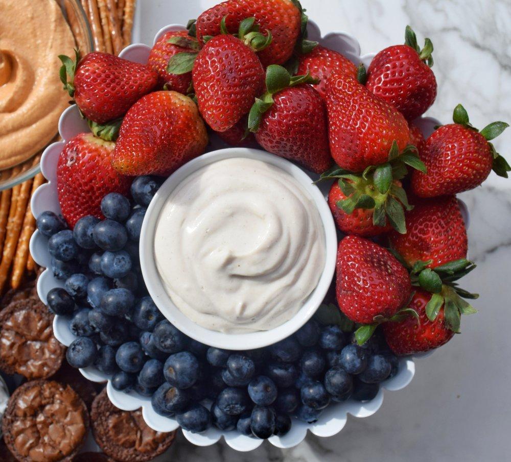 Vanilla Yogurt Fruit Dip (2/18)