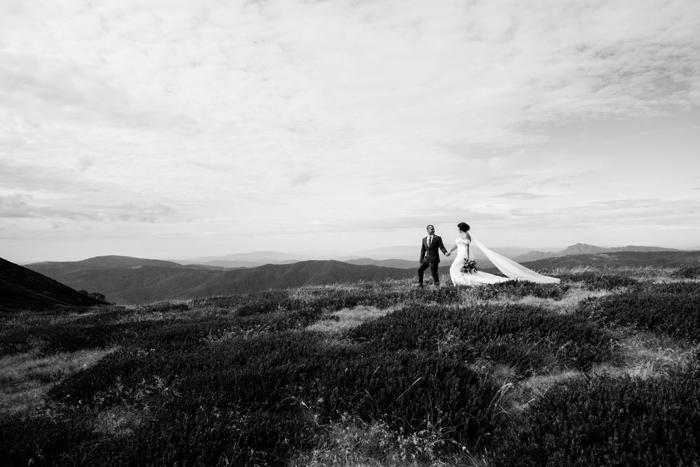 Andrea & Mat - Sebel Pinnacle Valley Resort | Mount Buller
