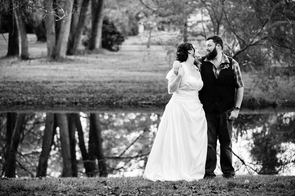 Melanie & Greg - Malmsbury Botanical Gardens | Motobean Cafe