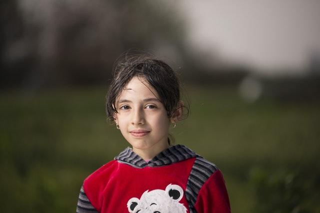Flickor med ADHD - Symptombilden för flickor kan se helt annorlunda ut än den för pojkar, som vi ofta är vana att höra mer om. Det saknas även många flickor i statistiken, och forskare tror att många flickor med ADHD helt enkelt missas av lärare och föräldrar. Därför är det väldigt viktigt att sprida informationen om hur ADHD kan se ut hos flickor, så att fler kan få den hjälp de skulle må bra av.