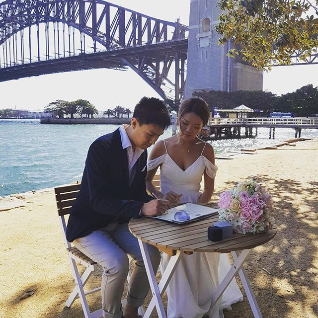 Today was a beautiful day for a wedding 💕congrats to our Bride and Groom! #flowersatkirribilli #florist #kirribilli #freshflowers #sydneywedding #love