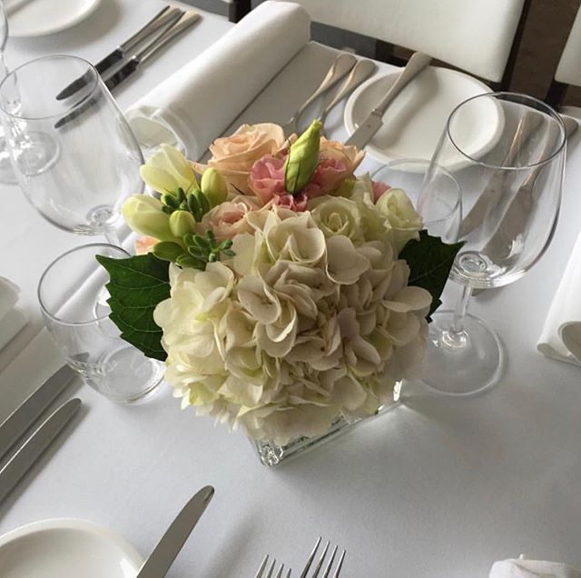 Lunch details for a Sunday #centrepiece #flowersatkirribilli