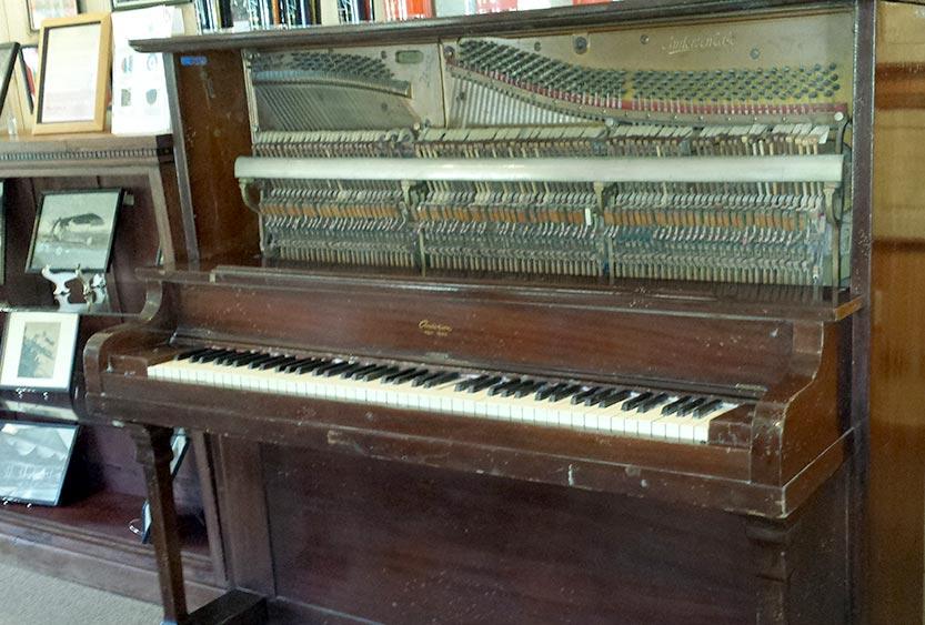 406_Beech-Mtn-Historical-Society-Piano-w.jpg