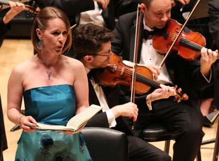 - Mozart VespersManhattan Concert Productions, Carnegie Hall(photo by www.groupphotos.com)