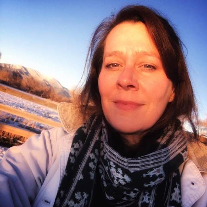 KAREN CRISWELL - FOUNDER/ARTISTIC DIRECTOR