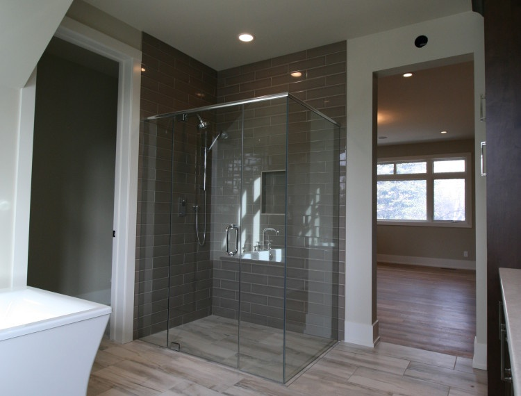 B13-Luxury-bathroom-calgary-750x570.jpg